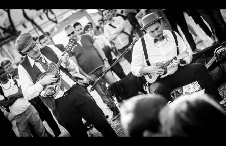 Busking - Mike and Peppe Cash
